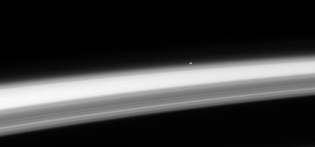 Alpha Centauri AB over Saturn horizon